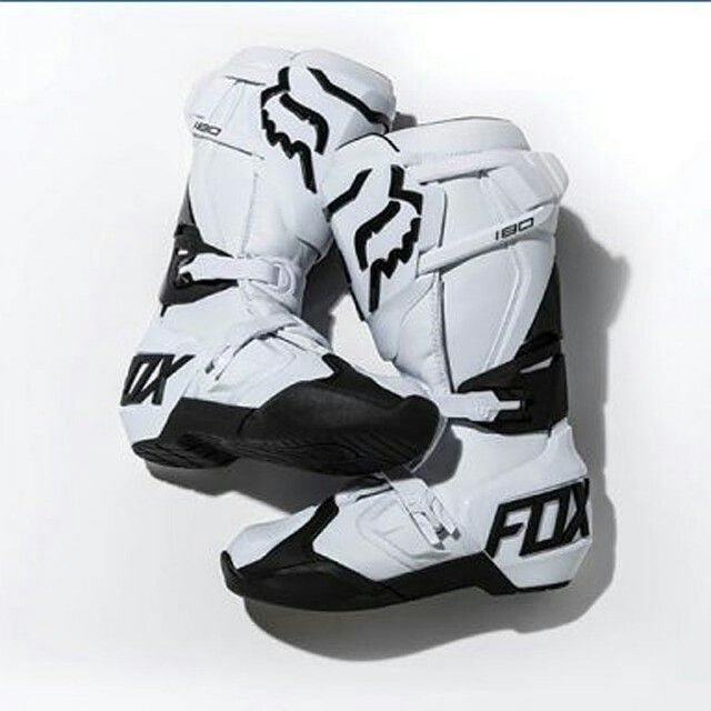 Comfort level of the new FOX 180 Boot is exceptional. From the get go, we'd say this could be the most comfortable boot we've ever slipped our feet into | Grab it fast in the nearest Xclub Stores | https://t.co/REGGU3BoVE  Visit Our Stores  #xtremerated #xclub #foxracing #foxmx