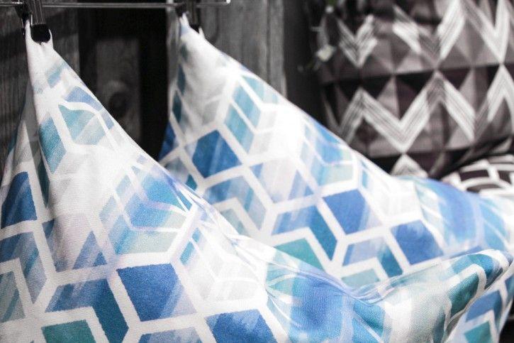 New amazing cushion covers by Camilla Edfors! #nordicdesigncollective #formex #formexfair #designfair #stockholmsmassan #fair #nordic #design #camillaedfors #cushion #textile #print #printedfabric #printedtextile #cover #cushioncover #pillow #pillowcover #cube #kub #bblue #gray #grey #black #pattern
