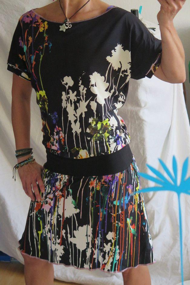 Entdecke lässige und festliche Kleider: Kleid `36/38` WunderBar made by uniKate´s Stoffgeflüster via DaWanda.com