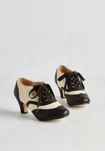 1920s shoes -Dance it Up Heel in Black and Ivory $49.99 AT vintagedancer.com