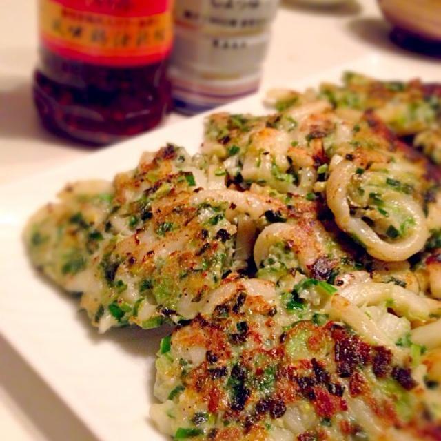 久々に作ったよ〜(´ー*`) やっぱり子供も大人にも大人気❤️ - 175件のもぐもぐ - tomocarat.さんの料理 高槻B級グルメ  うどん餃子❤️ by mieko matsuzaki
