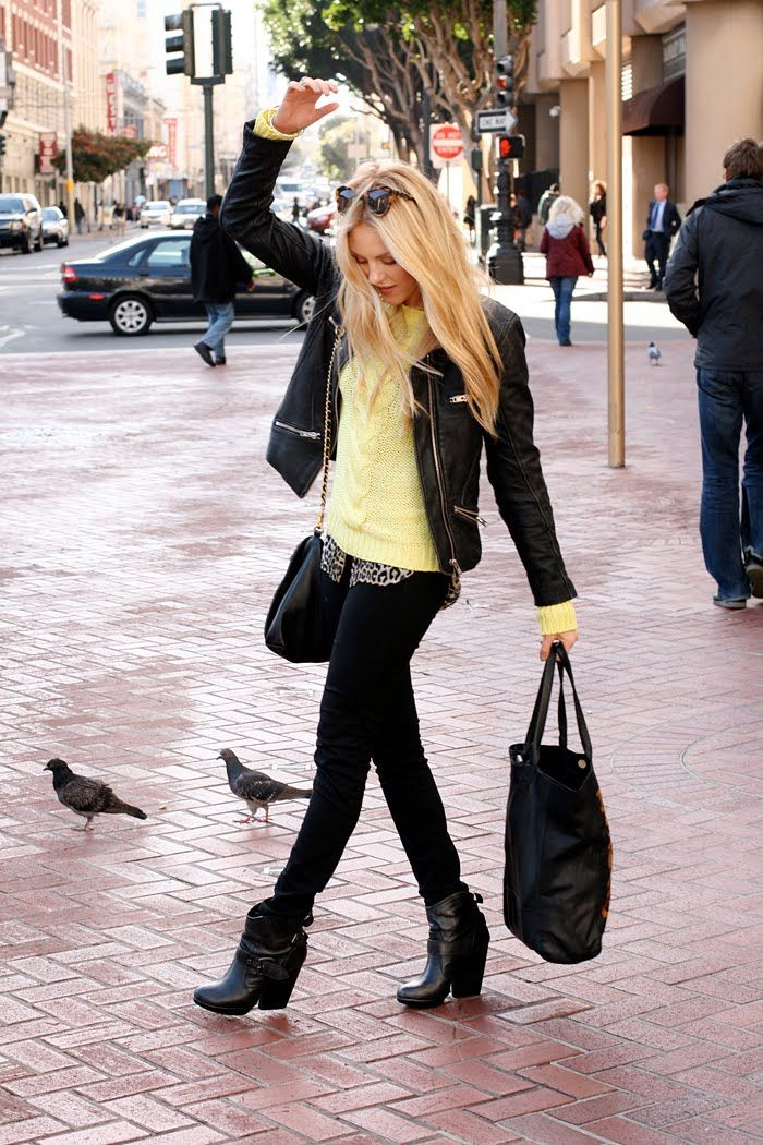 boots: Fantastic Outfit, Mellow Yellow, Street Style, Sweaters Leath Jackets, Yellow Sweaters, Leather Jackets, Sweaterleath Jackets, Leopards Tops, Yellow Jackets