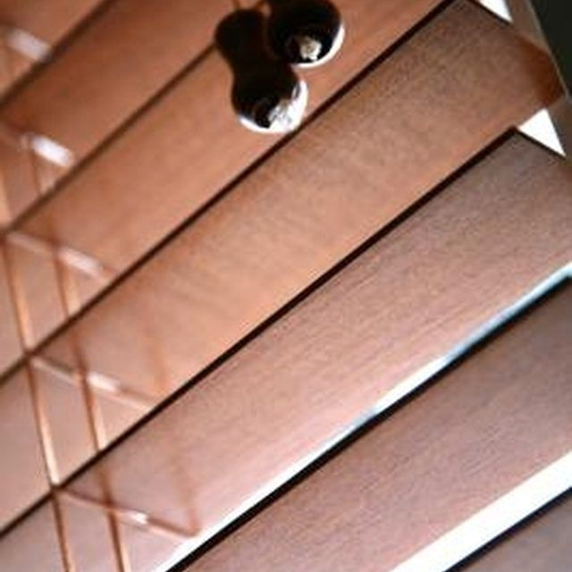 Can You Paint Faux Wood Blinds Part - 46: Best 25+ Cleaning Vinyl Blinds Ideas On Pinterest | Water Aerator, Headache  Side Of Head And How To Repair Toilets