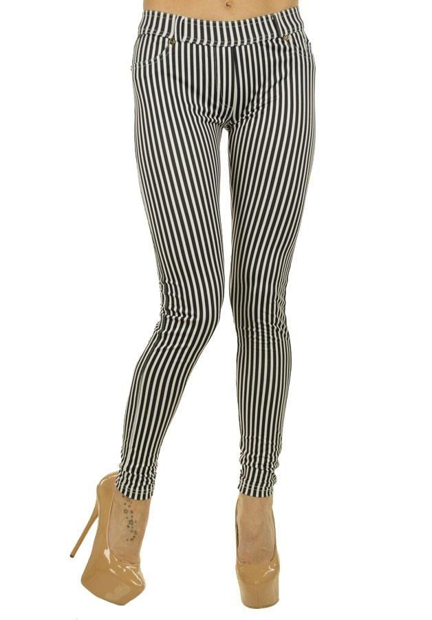 Pantalon Dama Sexy Stripers  Pantaloni dama stil pana. Material usor elastic.  Detaliu - buzunare fata de efect.     Lungime: 97cm  Latime talie: 35cm  Compozitie: 100%Bumbac