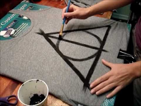 DIY deathly hallows tshirt tutorial. This is amazing.