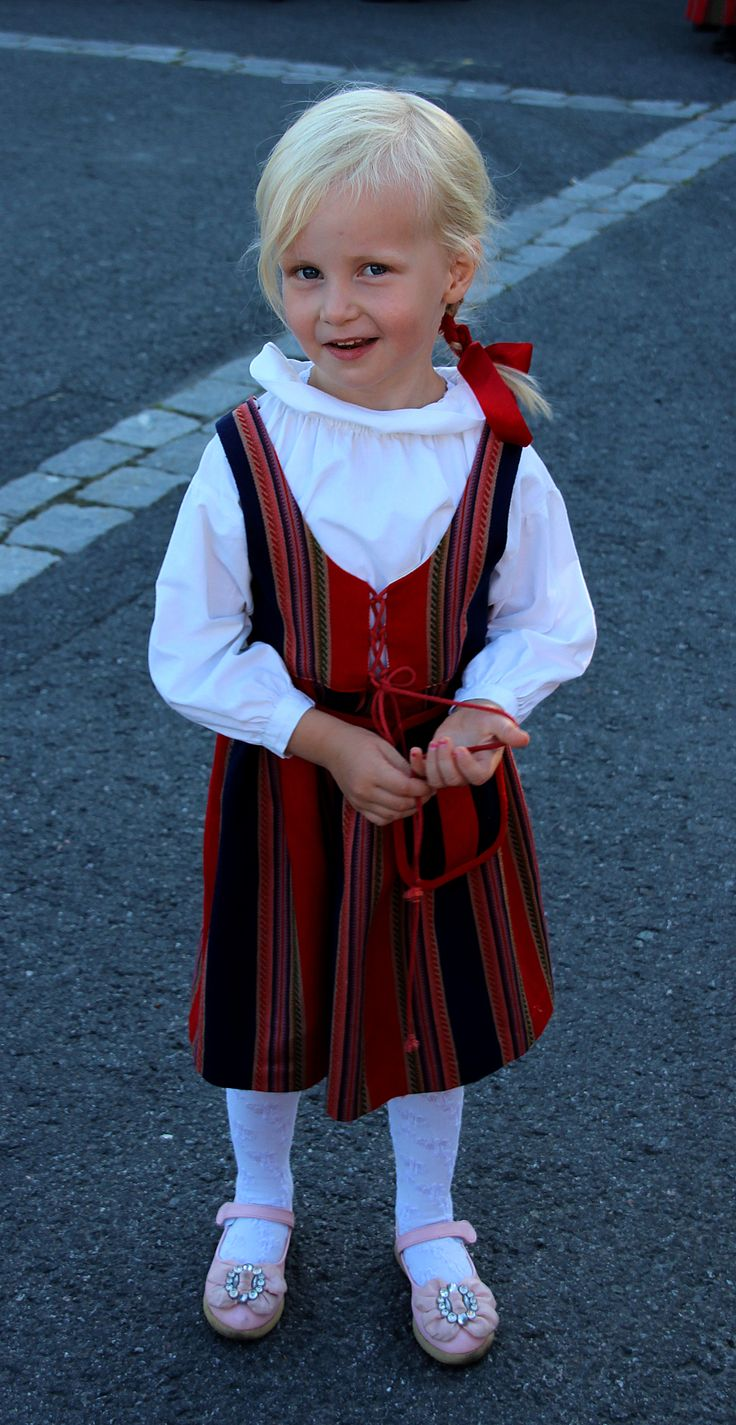 5-y Minja from Finland
