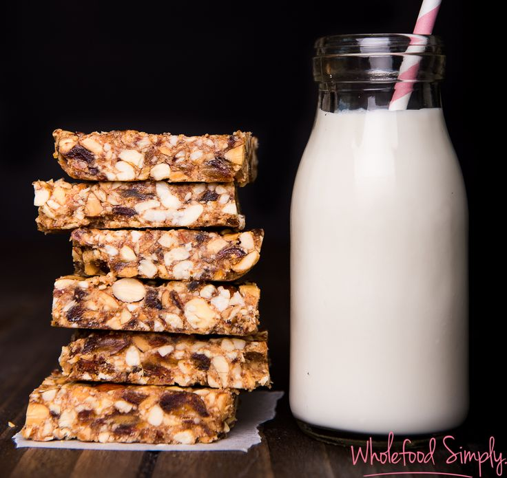 No Bake Nut Bars. Quick, easy, delicious and free from gluten, grains, dairy…