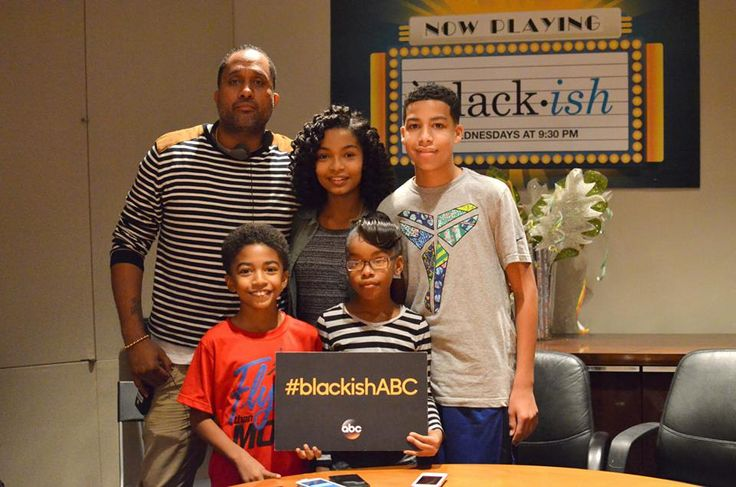 Behind the Scenes with the Cast of black-ish - I love this show and I got to sit and chat with the kids that star in the TV hit as well as the creator. via @donnahup