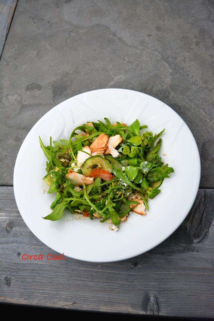 Lunch Salade met Veldsla op het mooie pastabord! #lunch #salade #pastabord