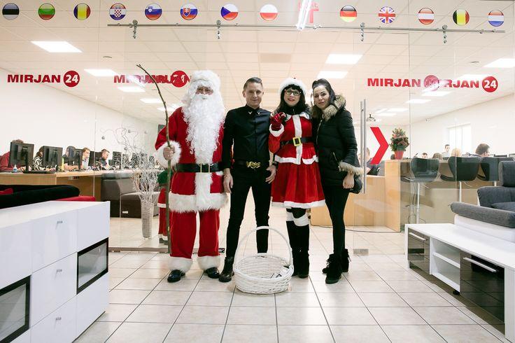 Santa's here!  #santa #winter #boss #mirjan24