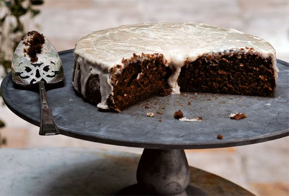 Andrew Carmellini's Root Beer Cake on Leite's Culinaria. Can't wait to make this when I have my kitchen back.
