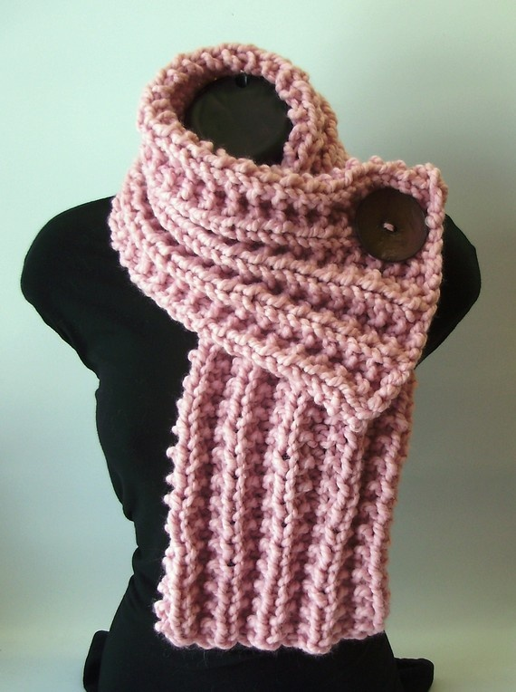 Knit Scarf--too bad I don't know how to knit..