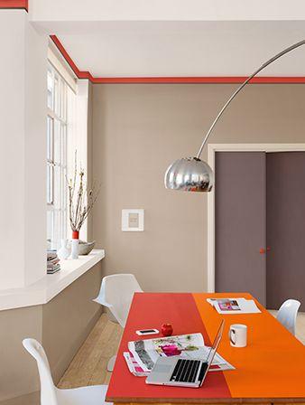 colour futures   paleta de cores quentes, para serem usadas de formas imprevisíveis. a mesa, por exemplo, pode ser pintada metade de vermelho, metade de laranja