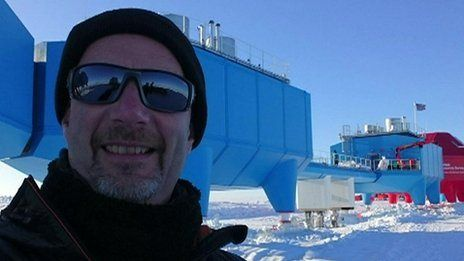 5 February 2016 Last updated at 17:09 Help Peter Gibbs speaks to BBC News live from the Antarctic, where he gives a tour of the British Antarctic research station, Halley.