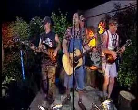 Hayseed Dixie - Bohemian Rhapsody video (Official) - YouTube
