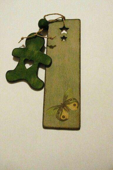 Segnalibro in legno - decoupage - farfalla e omino