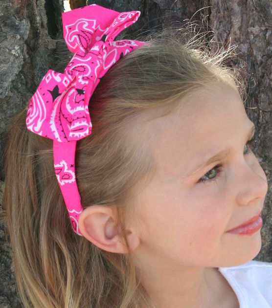 Make a DIY bandanna headband this summer! Adorable for all ages! Click here for the simple tutorial!