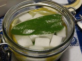 zuccherini digestivi di Natale con limone e salvia