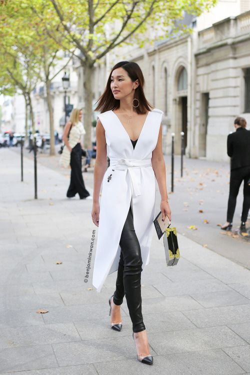 Nicole Warne at Roland Mouret SS 2016 Paris Snapped by Benjamin Kwan Paris Fashion Week