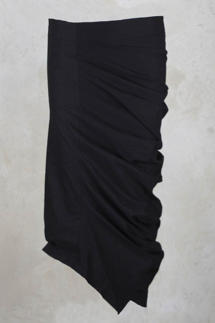 Stretch Skirt with Ruched Side in Black - Rundholz Mainline