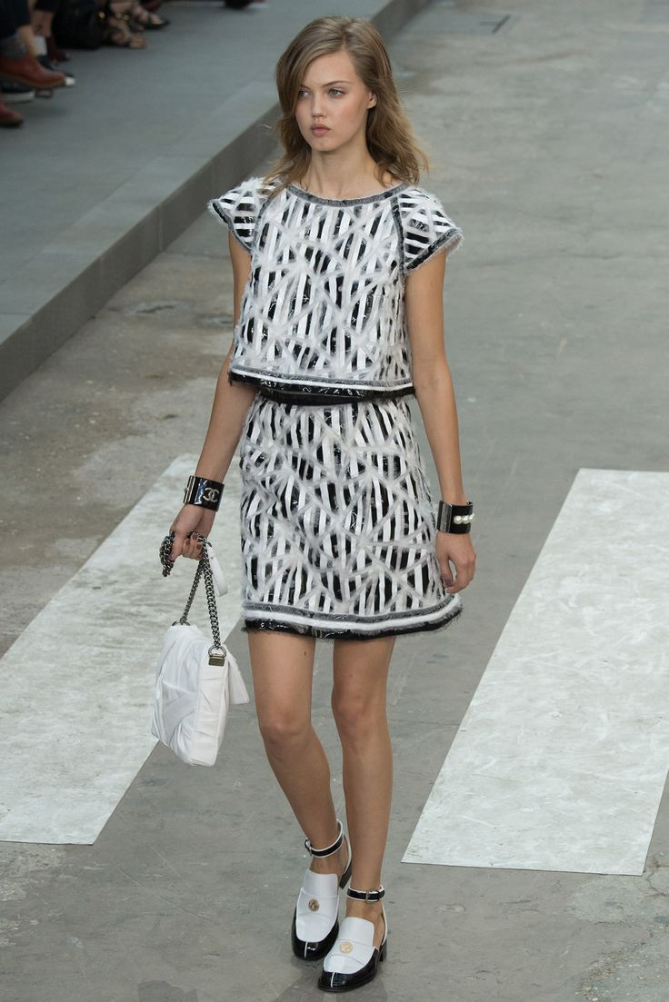 Chanel Spring 2015 Ready-to-Wear - Collection - Gallery - Look 87 -