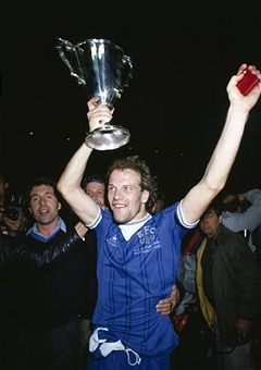 Andy Gray with the 1985 European Cup Winners Cup