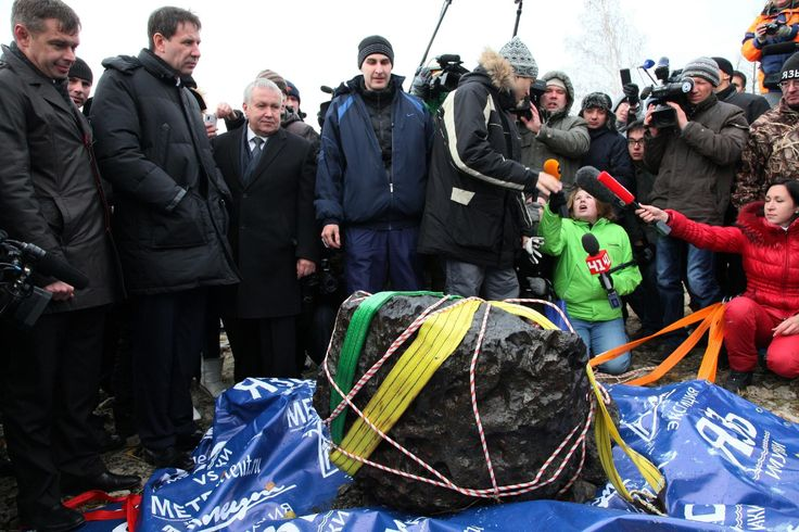 MOSCOW (AP) — Russian scientists have recovered a giant chunk of the Chelyabinsk meteor from the bottom of the lake it crashed into.