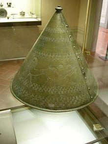Elmo pilateo veneto da Oppeano(V secolo aC.)