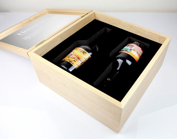 Os Gêmeos x Hennessy VS Cognac Bottle