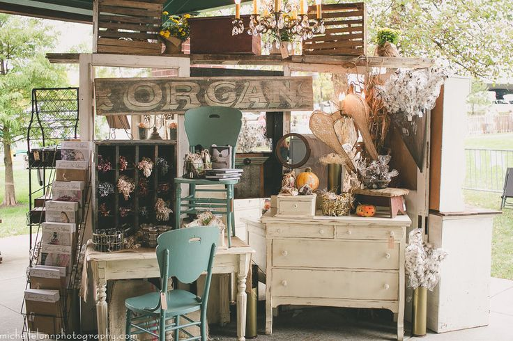 St Louis Vintage Market Days | Bringing the Vintage Experience to St Louis