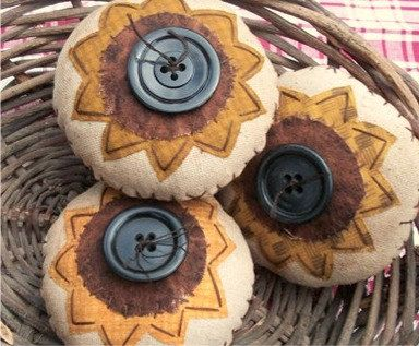 Primitive Fall Sunflower Bowl Fillersassorted set by thewoodedlake, $19.85