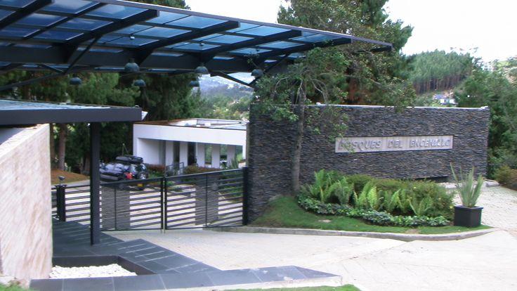Porteria condominio  bosquesdelencenillo.com
