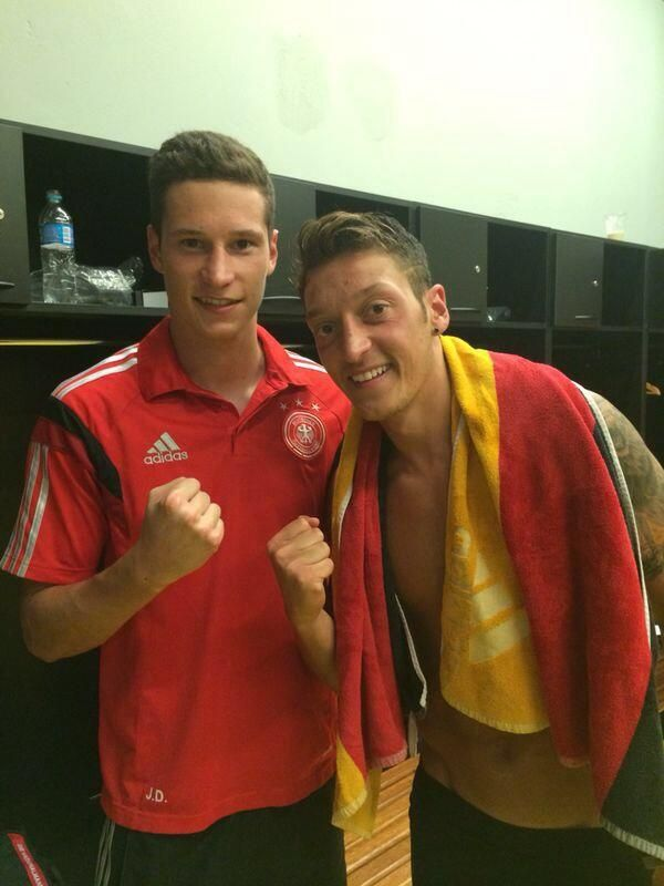 Julian Draxler and Mesut Özil after tonights win!