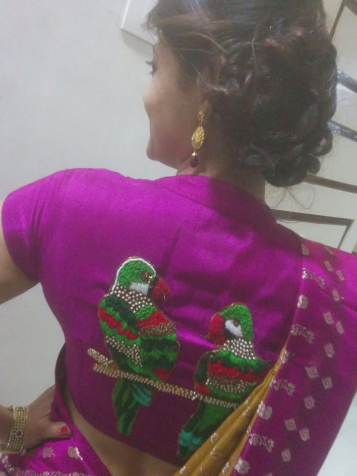 Parrot hand embrodairy