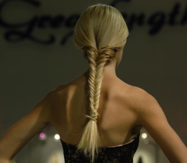 Les 25 meilleures id es concernant tresse poisson sur pinterest cheveux en queue de poisson - Tresse queue de poisson ...