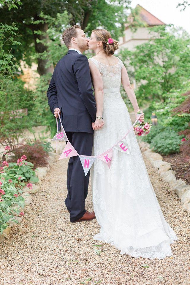 10 Tipps und originelle Ideen für gelungene Brautpaarfotos | Hochzeitsblog - The Little Wedding Corner