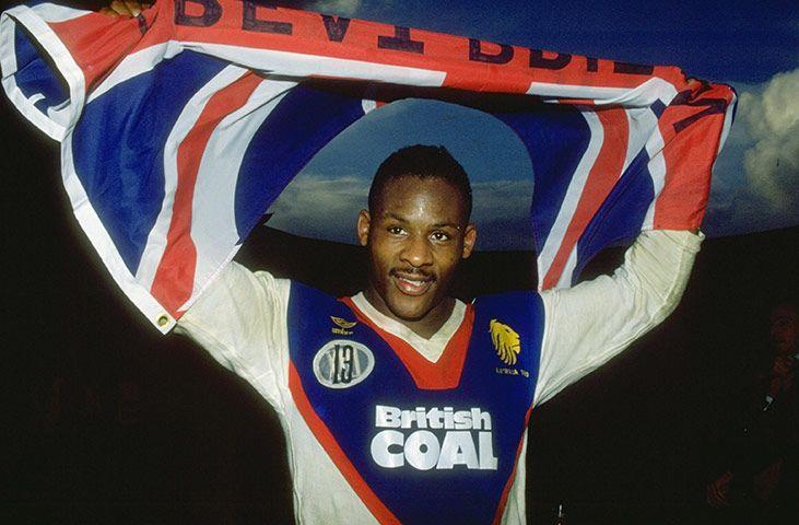 Ellery Hanley celebrates after beating Australia in 1990