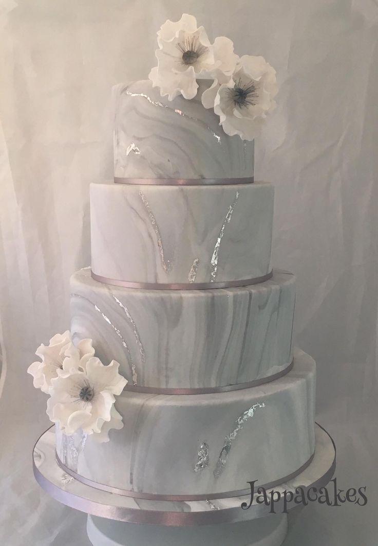 Handgemalte Marmorhochzeitstorte mit Blattsilber und Zuckermohnblumen   – Beautiful Cakes