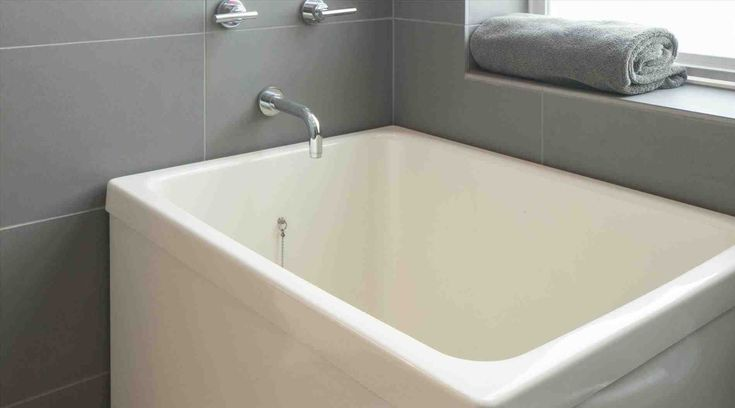 Best 25 drop in bathtub ideas on pinterest drop in tub for How deep is a normal bathtub