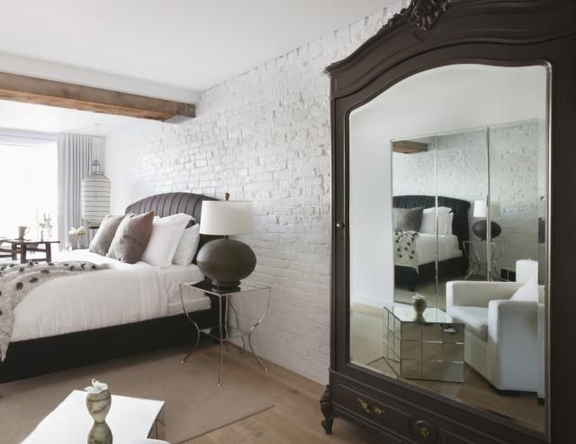 This article on feng shui bed placement and bedroom solutions has three parts. You are now reading tips to remedy the bad feng shui of a mirror facing the bed directly.