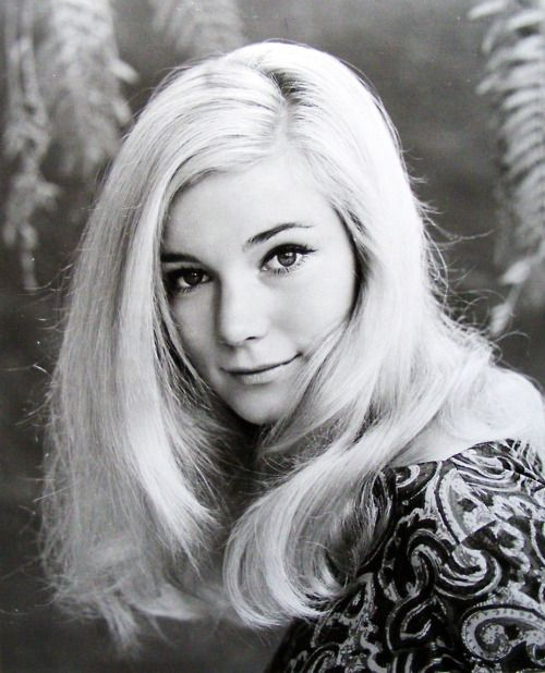 Yvette Mimieux ✾ (January 8, 1942) is a retired American movie and television actress. The Time Machine, Where the Boys Are, Four Horsemen of the Apocalypse, Light in the Piazza, Wonderful World of the Brothers Grimm, Joy in the Morning, The Black Hole, Monkees Go Home!, Toys in the Attic.