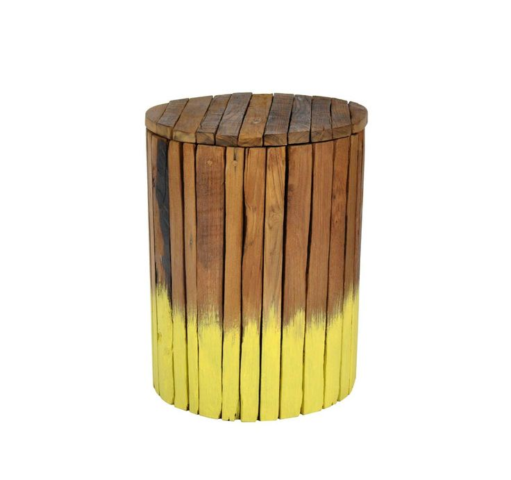 Unique Twisty Stool For Indoor Decoration ~ http://www.lookmyhomes.com/find-the-uniqueness-of-twisty-stool-for-indoor-decoration/