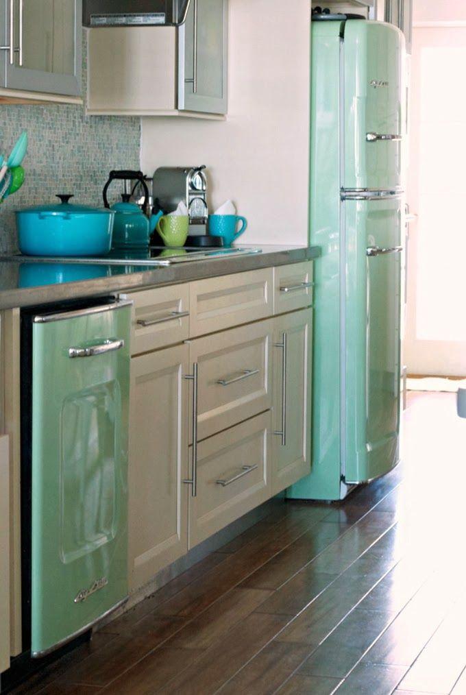 Love this refrigerator! Mint retro appliances in white kitchen