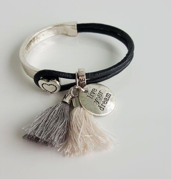 Live youre dream armband zilver hart. 9,95 euro. http://www.charmantsieraden.nl/damessieraden/armbanden/handgemaakte-armbanden-charmant-sieraden/live-youre-dream-armband-zilver-hart.html