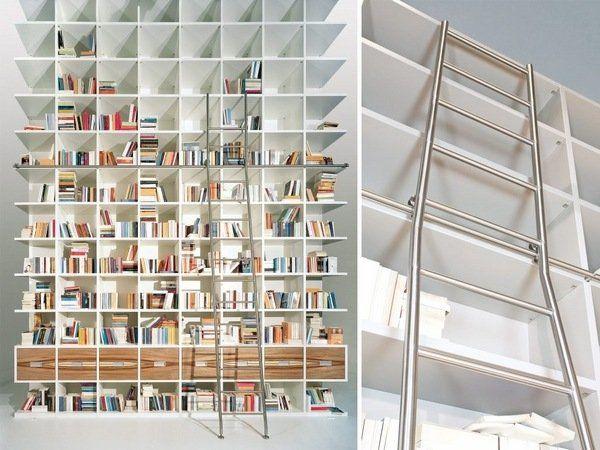 hausbibliothek ideen weiße bücherregale aus rostfreiem