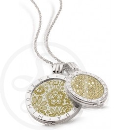 Mi Moneda necklace with two pendants!