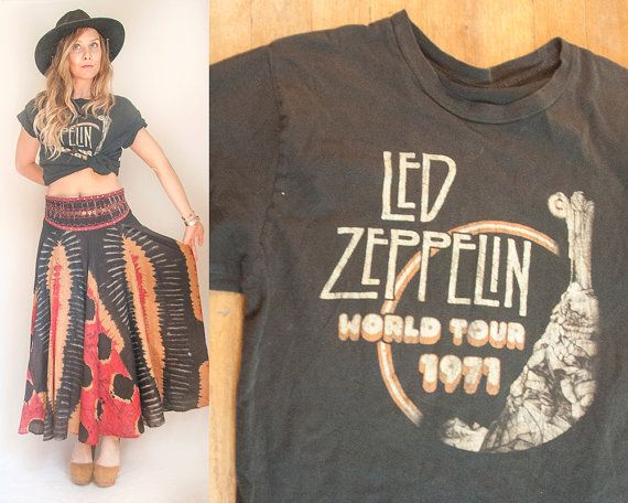Soft Vintage Faded Led Zeppelin Tee | Vintage 80s Classic Rock tee Band Tshirt | Zeplin World Tour 1971 70s Black Vintage Music Tee Small M