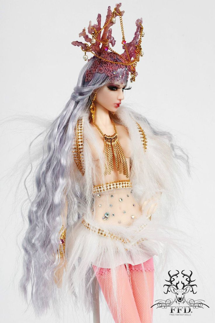 White Deer- FREE FANTASY DOLLS by NICKI FABBROCILE  ooak