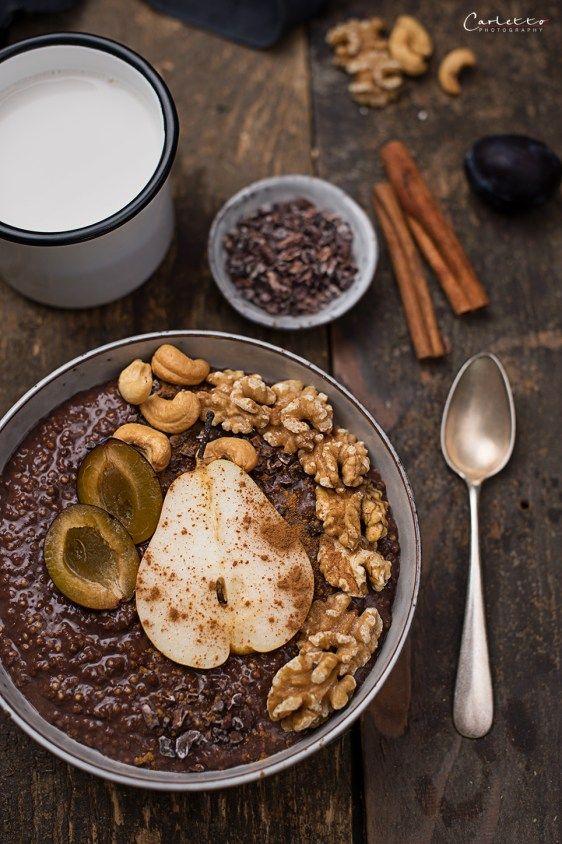 Frühstücksbuffet mit Hirse und Birnen, Hirse, Birnen, Schüssel, Frühstück, Brunch, …   – Frühstück