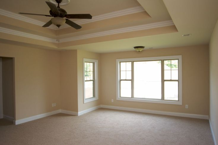 Beautiful Master W/ Tray Ceilings.